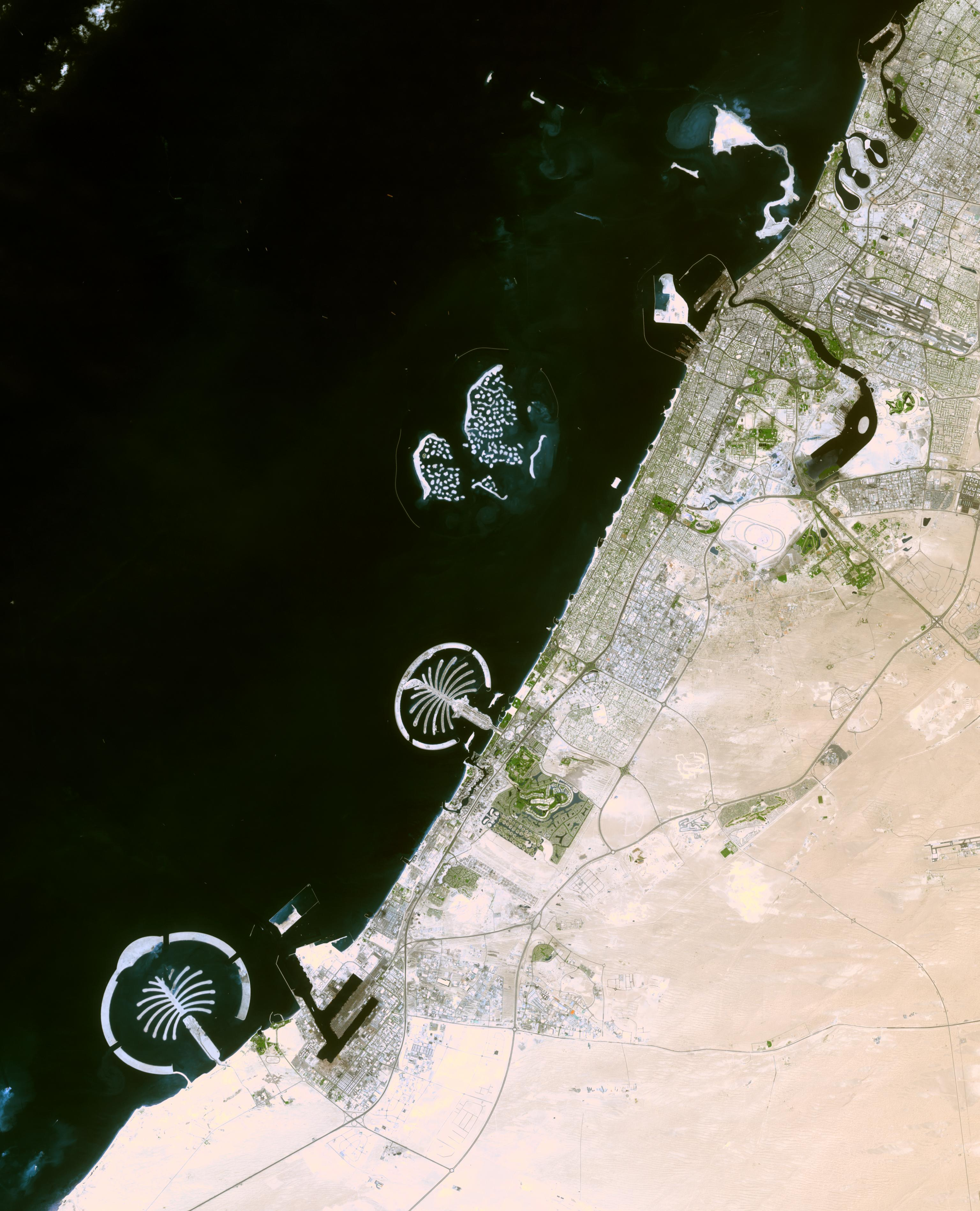 satellite image palm islands dubai