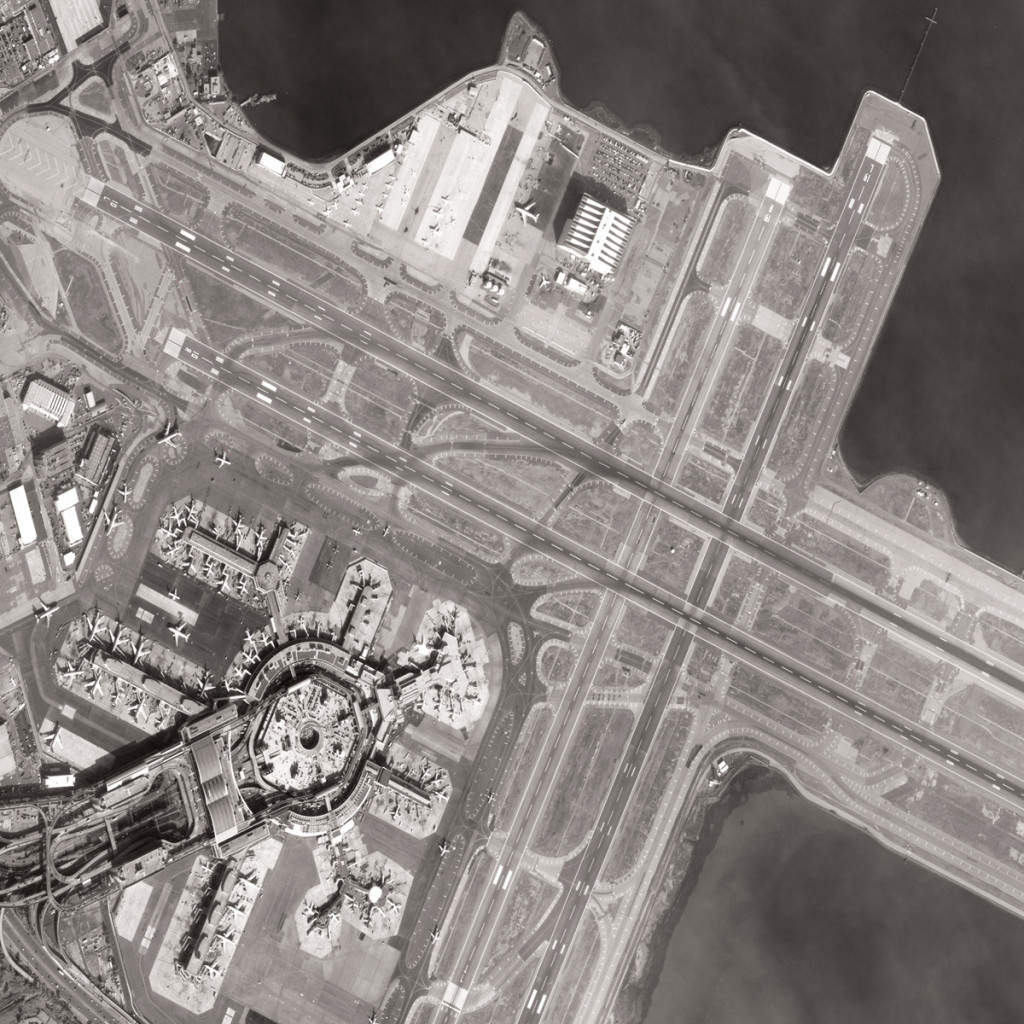 pleiasdes-1 satellite photo SanFrancisco Airport